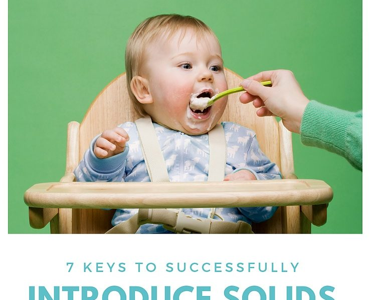 7 keys to introduce solids to baby